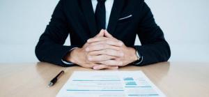 Concedierea disciplinara pentru absente nemotivate. Procedura 2020