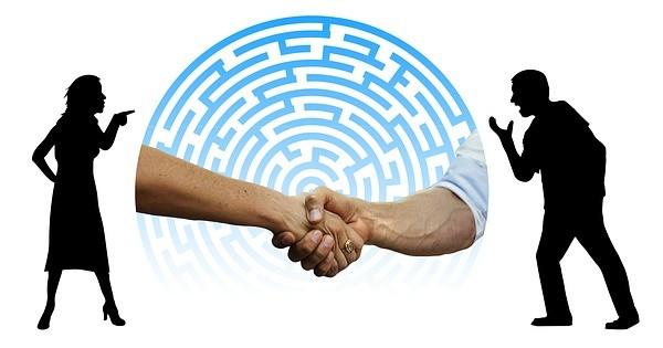 Concilierea prin Legea 213/2020 vs. medierea prin Legea 192/2006. Ce experti pot efectua concilierea?