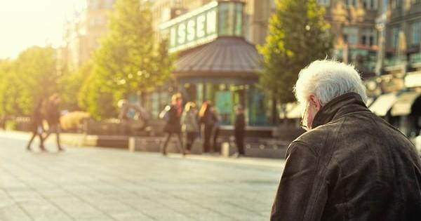 Continuarea raportului de munca dupa implinirea varstei de 65 de ani. Cum procedam?