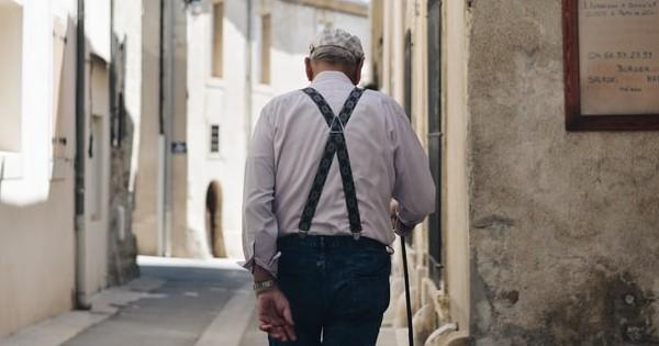 Ministrul Muncii: Pasii pentru deschiderea dosarului de pensie comunitara. Procedura si model cerere