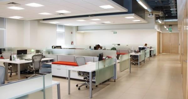 Recomandari DSP privind activitatea in birourile deschise sau open-space. Masuri angajati si angajatori!