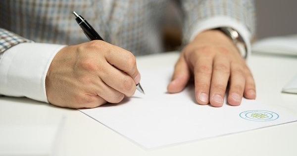 Modificarea numelui in Revisal dupa casatorie