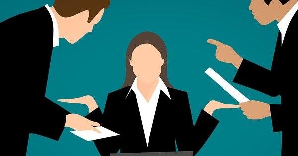 Gestionati corect conflictele de munca: Totul despre conciliere, mediere, arbitraj, clauze obligatorii in Regulamentul Intern!