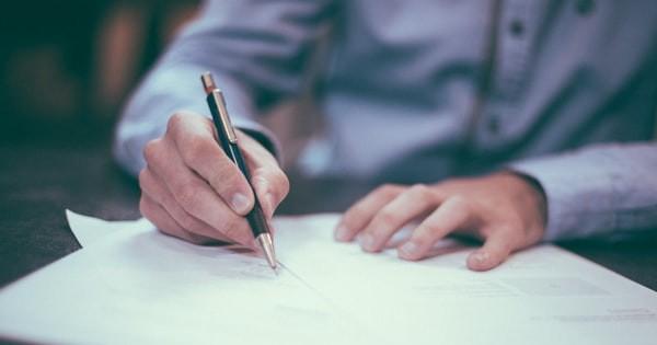 Viza CFP pe contractul individual de munca. Cand este obligatorie?
